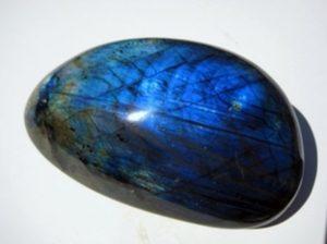 лабрадор камень