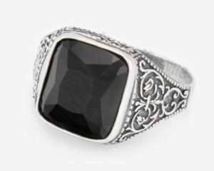 перстень черный оникс