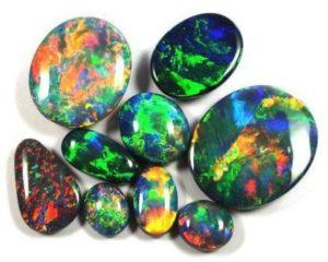 камни опал