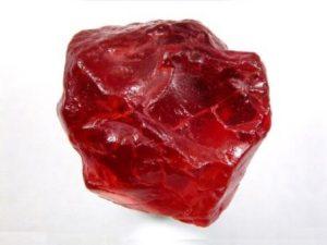 камень пироп