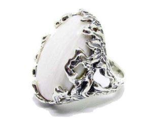 кольцо с селенитом