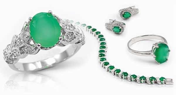 украшения с зеленым агатом