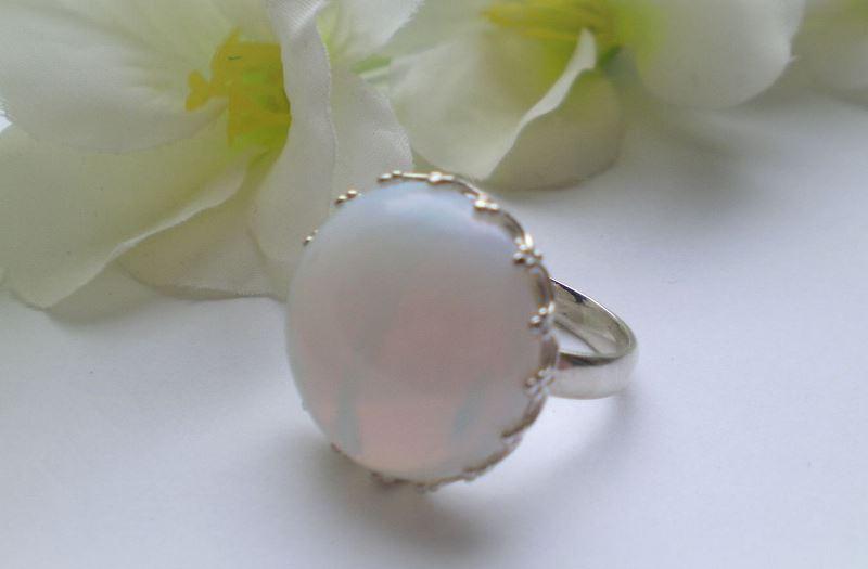 кольцо с опалитом