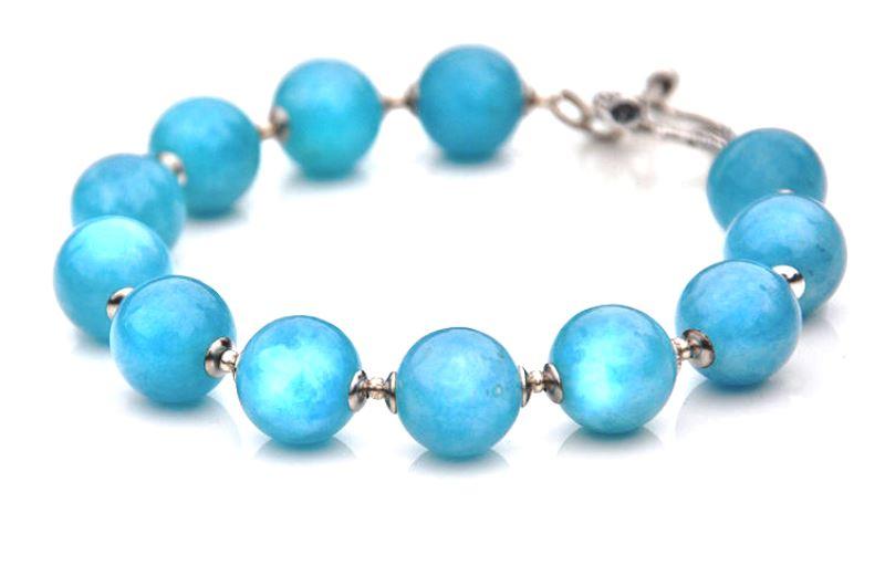 Голубой кварц браслет